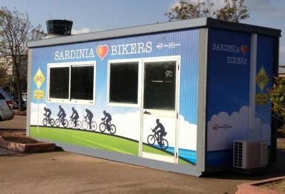 L'aeroporto di Olbia accoglie i ciclisti