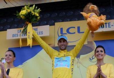 Nibali in giallo attende il ct