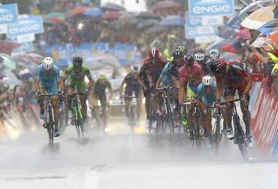 In Giro: Gilbert campione nella pioggia
