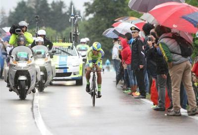 In Giro: a Valdobbiadene brindano Kiryienka e Contador