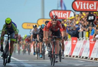In Tour: André Greipel eroe nel vento