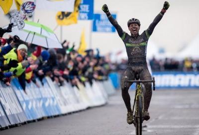 Nys vince a Koksijde: un trionfo che scaccia la paura