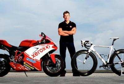 Moto... ciclismo, i piloti che pedalano