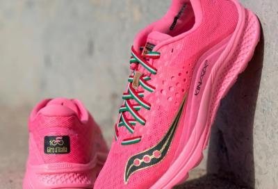 Una scarpa rosa per il secolo del Giro