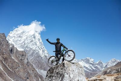 In Mountain Bike sull'Everest? #sisipuofare