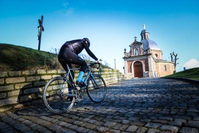Fiandre, pedalate leggendarie tutto l'anno