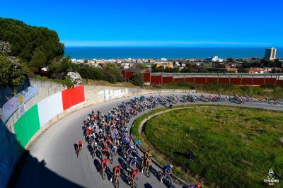 Tadej Pogacar trionfa nella 56esima Tirreno-Adriatico