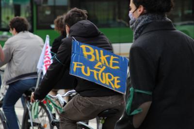 Global strike - Bike for future, la bicicletta diventa simbolo dello sciopero globale per l'ambiente