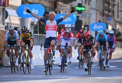 Vince l'azzardo di Jasper Stuyven alla Milano-Sanremo