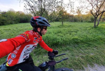 100 km al giorno per 7 giorni attorno a Parigi, pedalando prima e dopo il lavoro