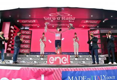 Alessandro De Marchi. Chi è la nuova maglia rosa che ha commosso l'Italia