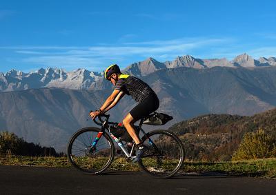 Valtellina chiude al traffico le salite e le riserva al ciclismo... Ecco le date