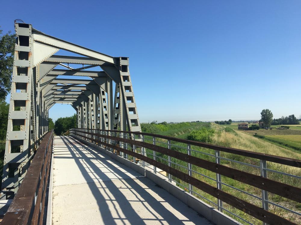 Ciclovia del Sole, al via nuovi treni per raggiungerla