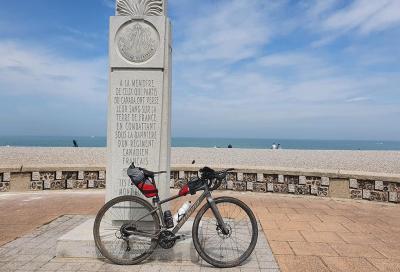 Da Parigi al mare pedalando lungo l'Avenue Verte (e ritorno in giornata)