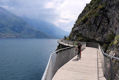 Lago di Garda, Valtellina e Salento le mete più ricercate dai ciclisti
