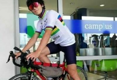 Da Torino a Palermo in bicicletta per un progetto benefico. La sfida dello studente Claudio