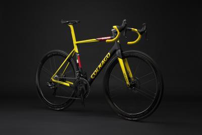 Colnago celebra i successi di Pogačar con tre nuovi modelli della bici vincitrice del Tour de France