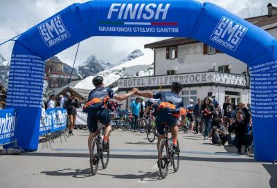 Tre iconici percorsi e un motivo in più per pedalare: la Granfondo Stelvio Santini insieme al Sorriso di Car-lotta per l'Alta Valtellina