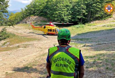 Cade mentre pratica downhill: 15enne soccorsa sull'Appennino Pistoiese