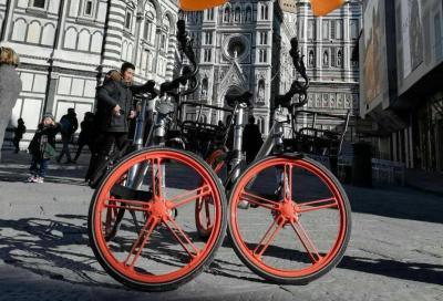 Invasione di ebike a Firenze. Sono mille le biciclette di RideMovi