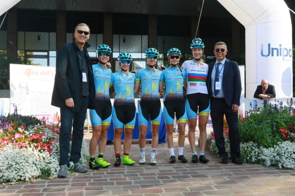 Presentazione dei team femminili.