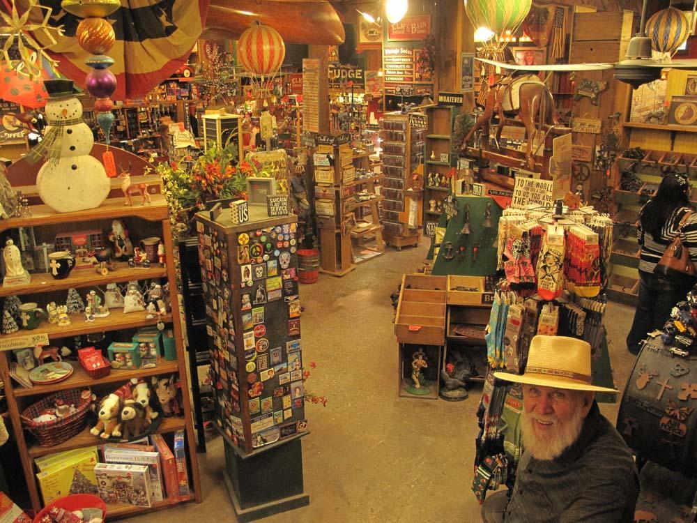 L'Old Apple Barn, suggestivo market locale.
